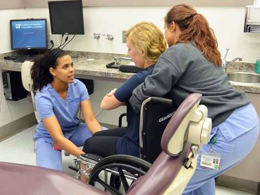 Making Safe Moves course between dentistry and physical therapy.